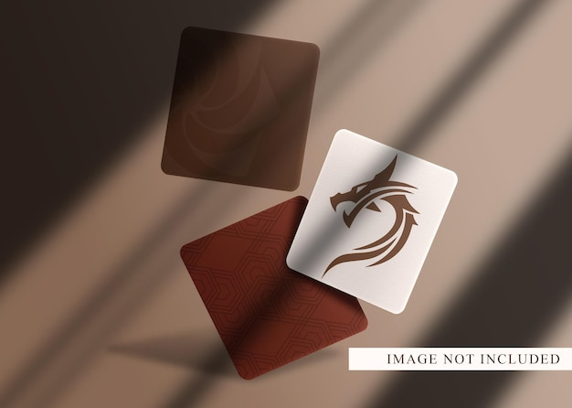 豪華なロゴのフローティングカードのモックアップ