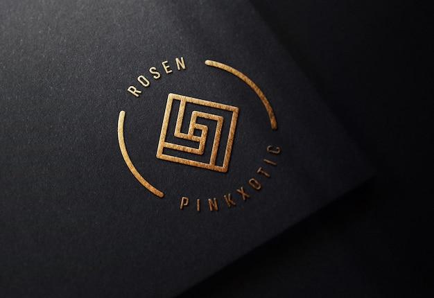 Роскошный логотип макет на черной бумаге