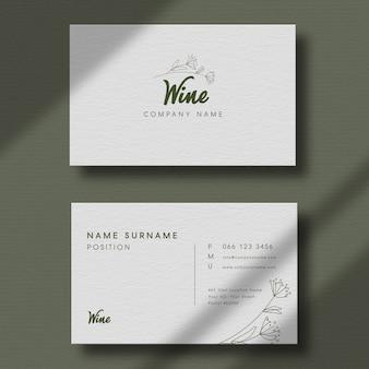 Роскошный логотип макет на минимальной визитной карточке.