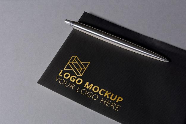 Роскошный макет логотипа