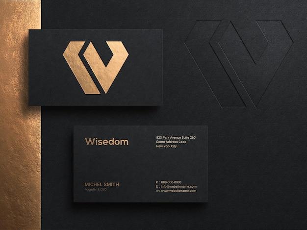 양각 및 레터프레스 효과가 있는 고급스러운 현대적인 명함 로고 모형
