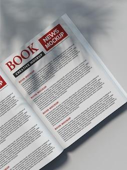 雑誌の本のページのモックアップ