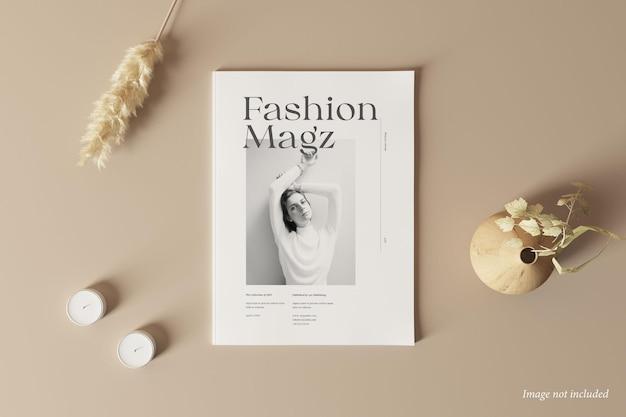 雑誌の表紙のモックアップ上面図