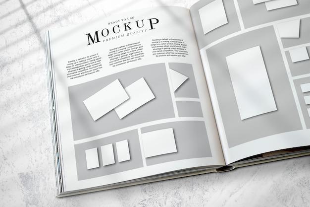 Макет макета журнала на полу