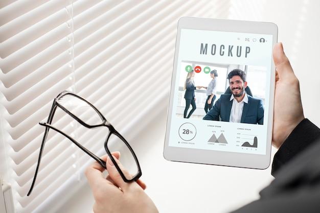 Man holding a tablet mock-up