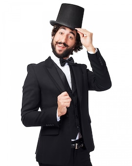 Человек размахивая шляпой