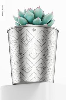 Металлический макет горшка для растений, вид под низким углом
