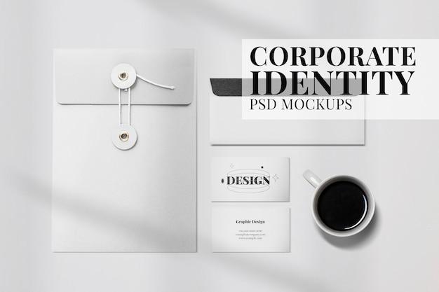 Set di cancelleria per il branding psd mockup di identità aziendale minima