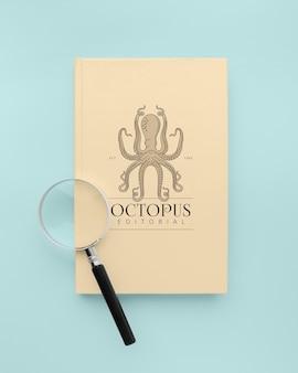 Disposizione minimalista della copertina del libro