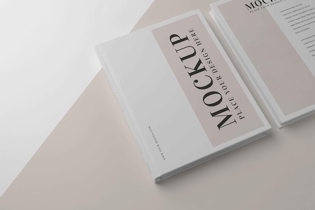 Disposizione del libro mock-up minimalista