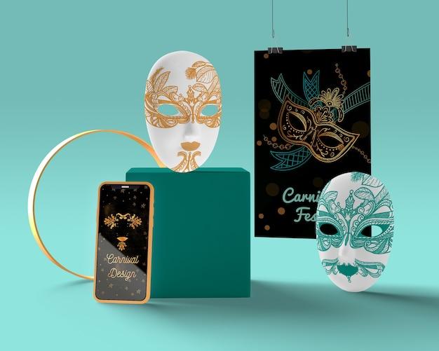 Cellulare con annunci di carnevale e maschere