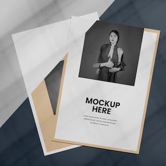 Mock up sovrapposizione ombra brochure