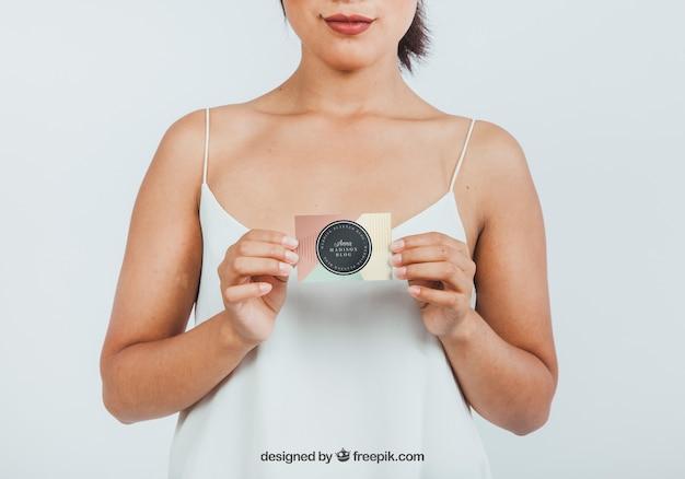 Макет дизайна женщины с картой