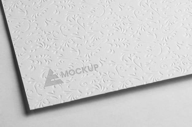 Design del logo mock-up per alta vista aziendale