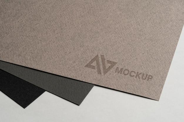 Design del logo mock-up su accessori di cancelleria