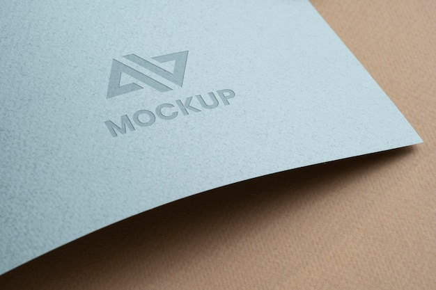 Design del logo mock-up su accessori di cancelleria