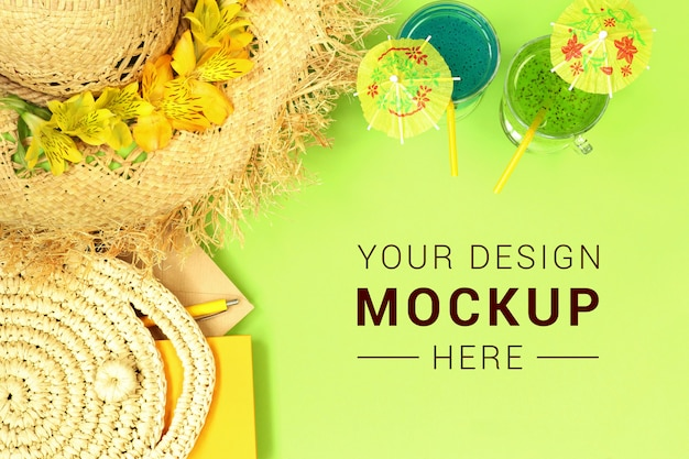 Mockup banner with straw hat, bag and cocktails