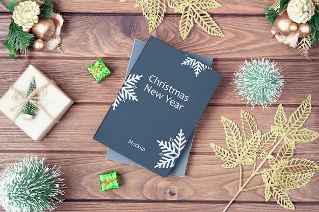 Мокап обложки книги на рождество и новый год