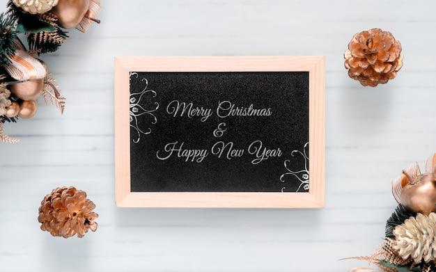 クリスマスと新年のモックアップ黒板