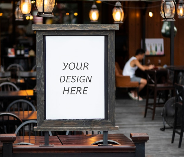 Mockup layer psd copyspace outside a restaurant, store, office