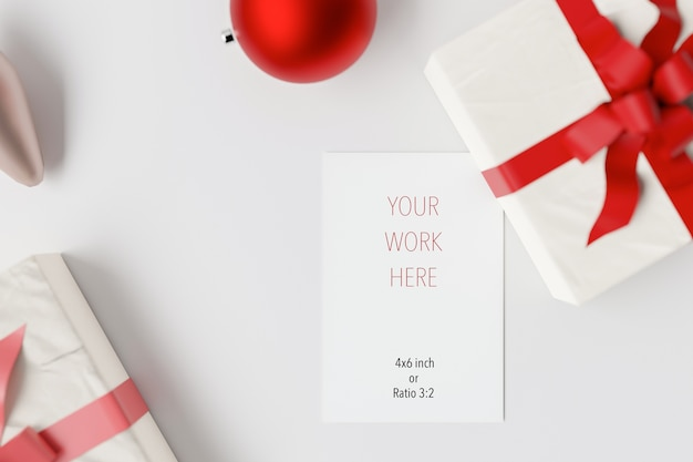 装飾が施されたクリスマスカードの挨拶のモックアップ