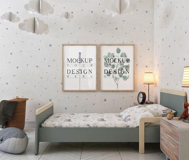 モダンな現代的な子供の寝室のモックアップポスターフレーム