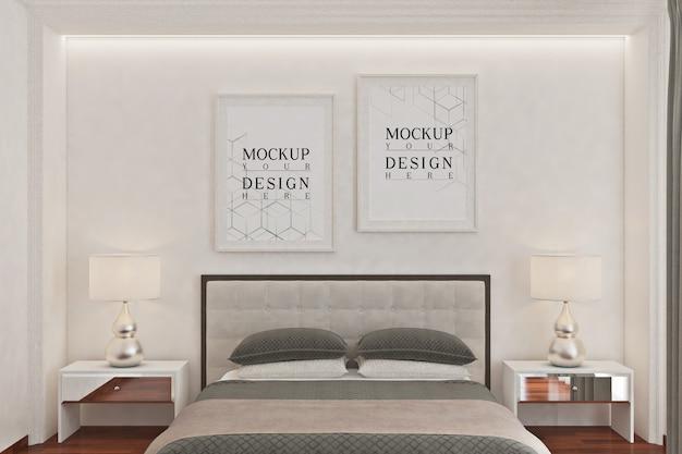 モダンなモノクロの寝室のモックアップポスターフレーム