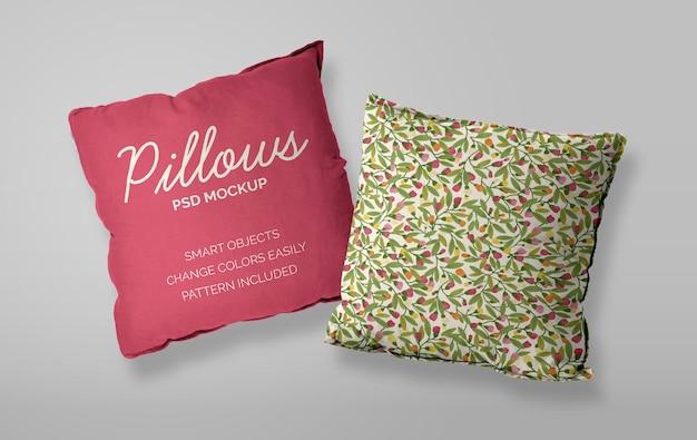 Mockup di due cuscini su sfondo chiaro con motivo incluso