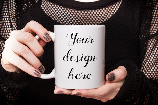 Mockup of a white coffee mug Premium Psd