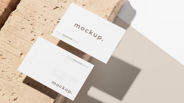 Composizione moderna di biglietti da visita mock-up