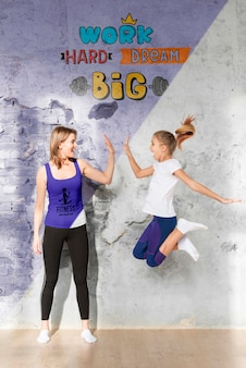 Mother and daughter doing sport mock-up Free Psd