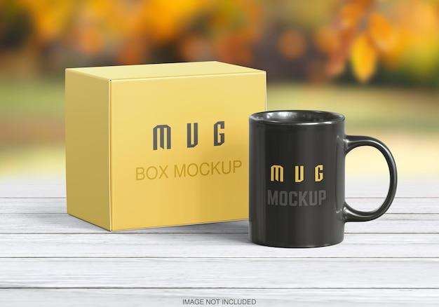 マグカップとボックスのモックアップ