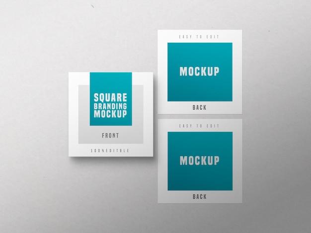 Мокап квадратной визитки