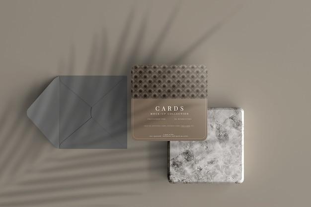 모서리가 둥근 다목적 정사각형 카드 목업
