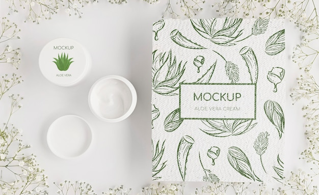 Mock-up di concetto di cosmetici naturali
