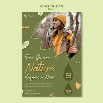 Modello di stampa che esplora la natura
