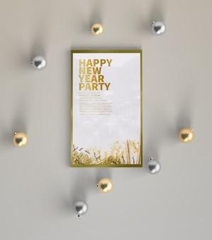 Mock-up festa di capodanno con decorazioni