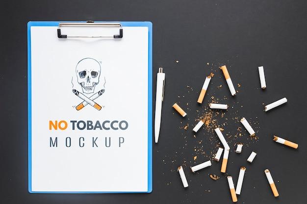 부러진 담배가있는 담배 모형 없음