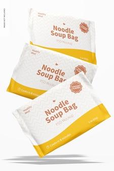 Мокап пакетов для супа с лапшой, падающий