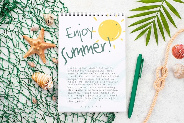 Nootebok with summer message