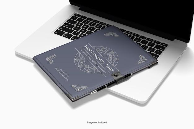 ノートブックとラップトップのモックアップ