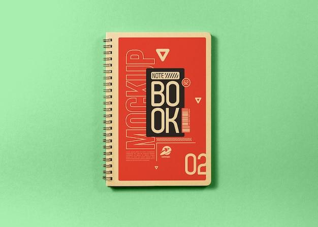 緑のノートブックモックアップ