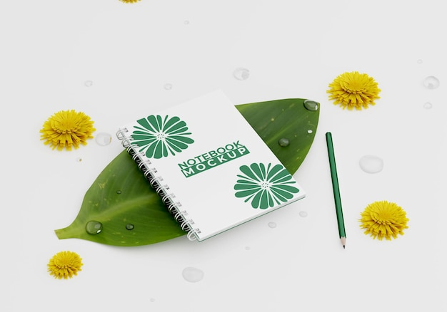 Макет ноутбука на листьях
