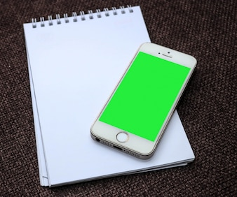 Notepad with smartphone