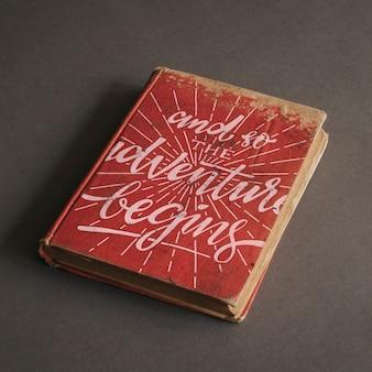 모험 개념에 대 한 오래 된 책 이랑