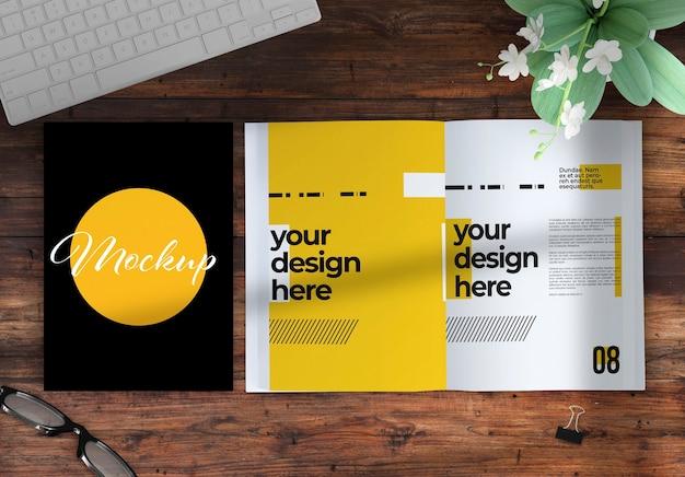 Открыть и закрыть книгу на макете рабочего стола с элементами декора