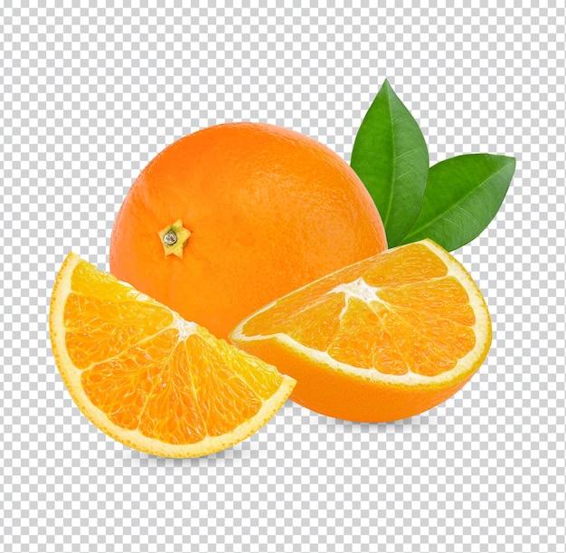 흰색 배경 프리미엄 psd에 분리된 오렌지 조각과 잎이 있는 오렌지 과일.