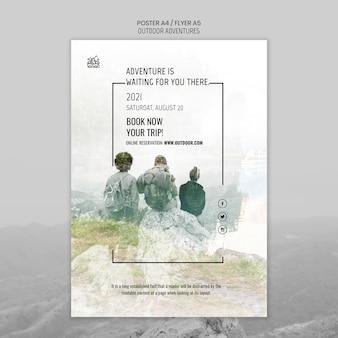 야외 모험 개념 포스터 템플릿