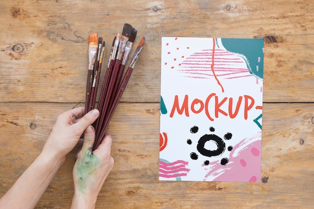 Collezione di pennelli per pittura