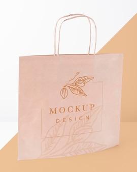 モックアップの紙袋のコンセプト